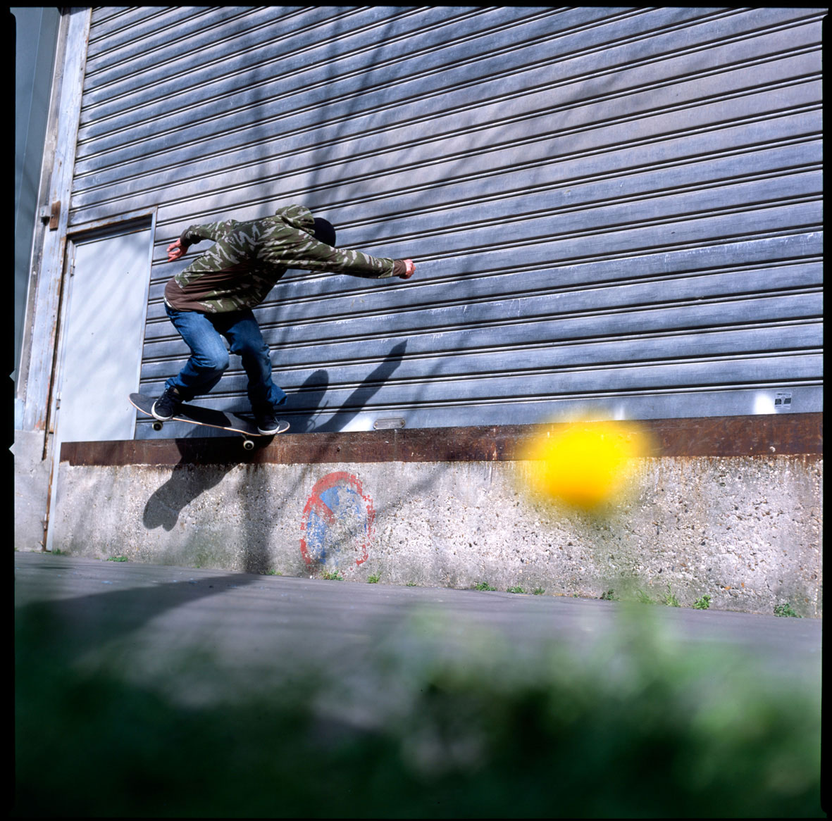 180 back fakie nosegrind - photo : Benoit Copin